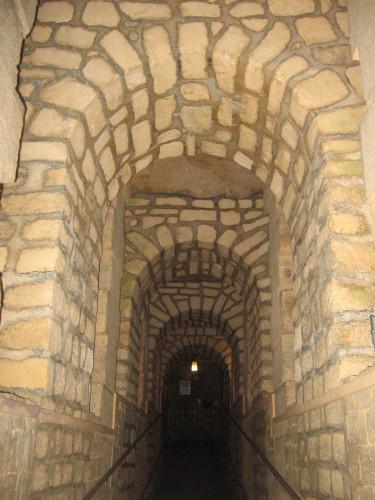 secrets de paris,catacombes,visite guidees,balade a paris,histoire,thomas dufresne,balade a pied paris,visite paris 14